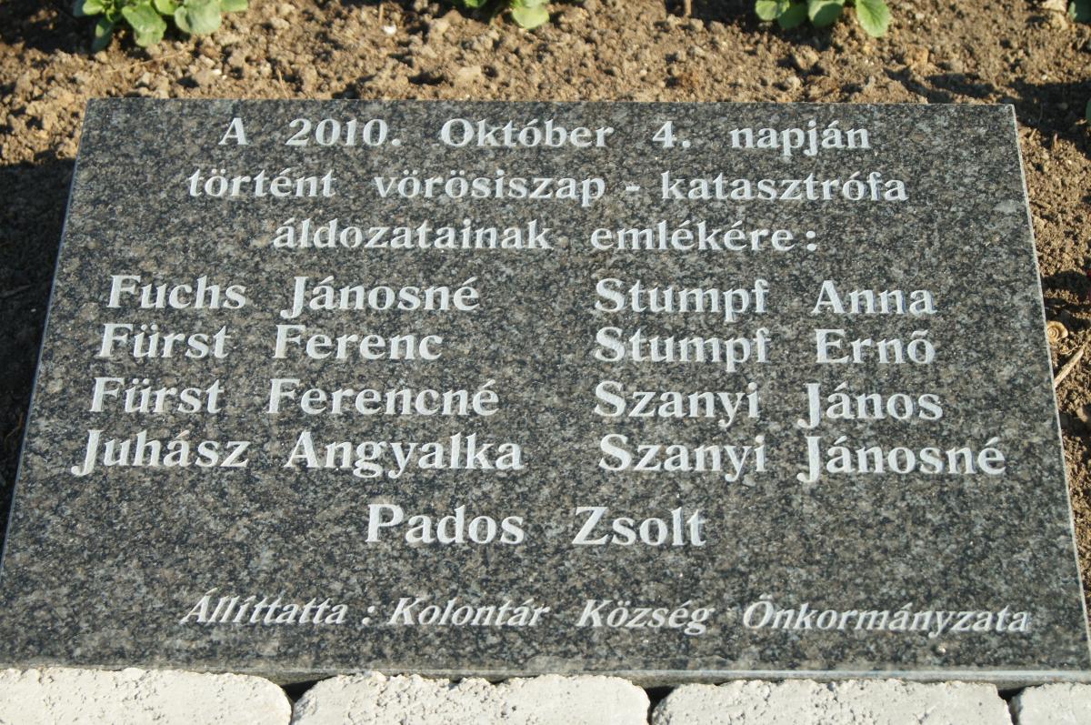 vorosiszap_aldozatok_vorosiszap_info.JPG
