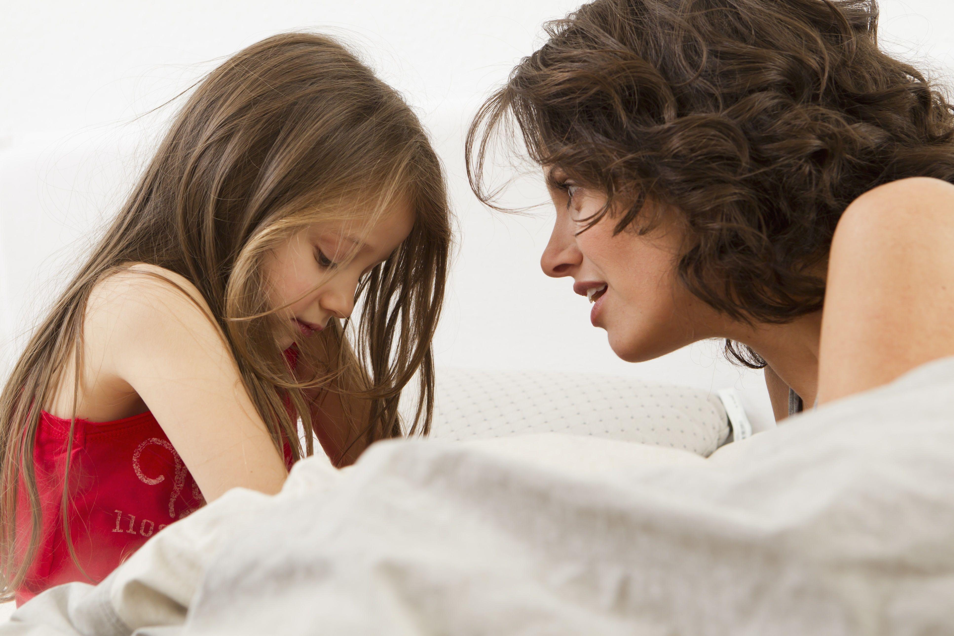 getty_girl_mom_sorry_lying_talking_large_emely-56a13eaf3df78cf77268bc9a.jpg