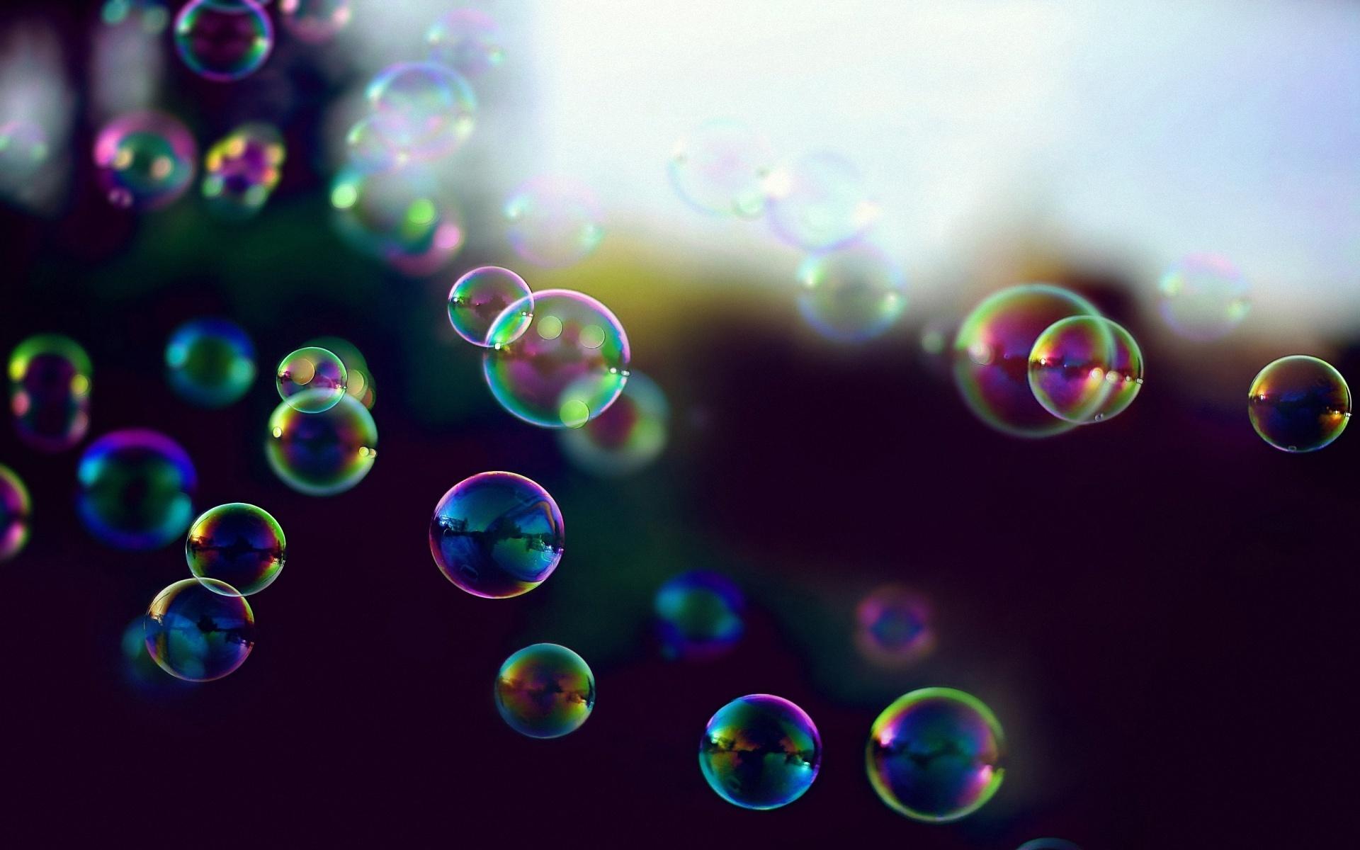 wallpaper-soap-rainbows-bubbles.jpg