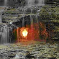 Eternal Flame Falls – örökké égő tűz a vízesés alatt