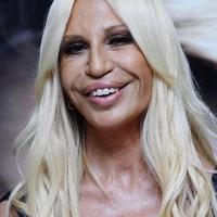 Fusson, ki merre lát! - Donatella Versace karriertanácsokat osztogat