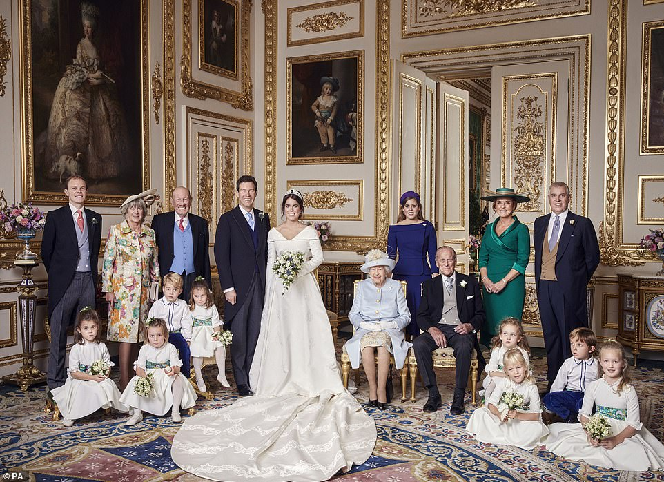 5022902-6273073-the_bride_groom_and_royal_family_in_the_white_drawing_room_at_wi-a-2_1539469556090.jpg