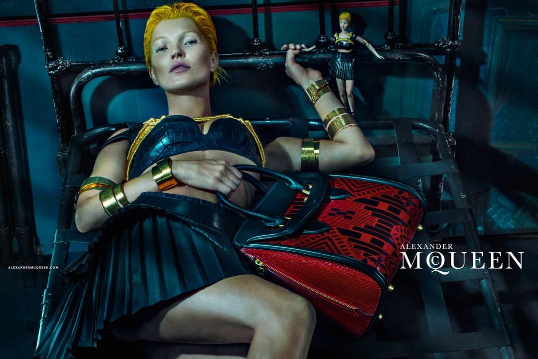 McQueen-Moss-2-Vogue-27Jan14-Steven%20Klein_b_1080x720.jpg