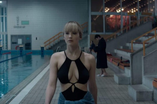 Jennifer Lawrence egy orosz kémnő bőrébe bújt a Vörös veréb filmes adaptációjában