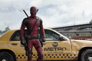 Ryan Reynolds lenyúlta magának Deadpool jelmezét