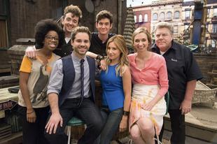 Új vígjáték-sorozattal nyitja a nyarat a Comedy Central