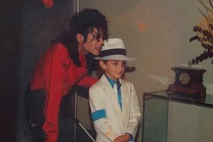 Március 8-án debütál a Michael Jacksonról szóló botrányos film