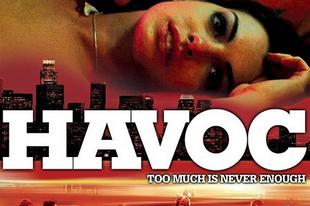 Ámok - Havoc [2005] - Anne Hathaway levetkőzik