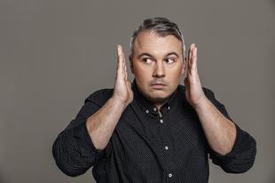 Fekete macska helyett Dombóvári István ma este a Comedy Centralon