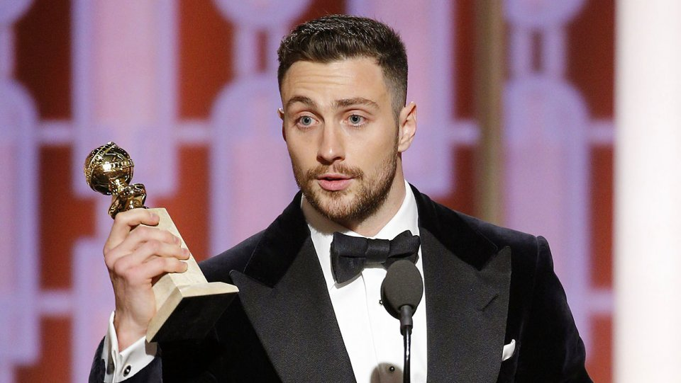 aaron_taylor-johnson_onstage_golden_globes.jpg