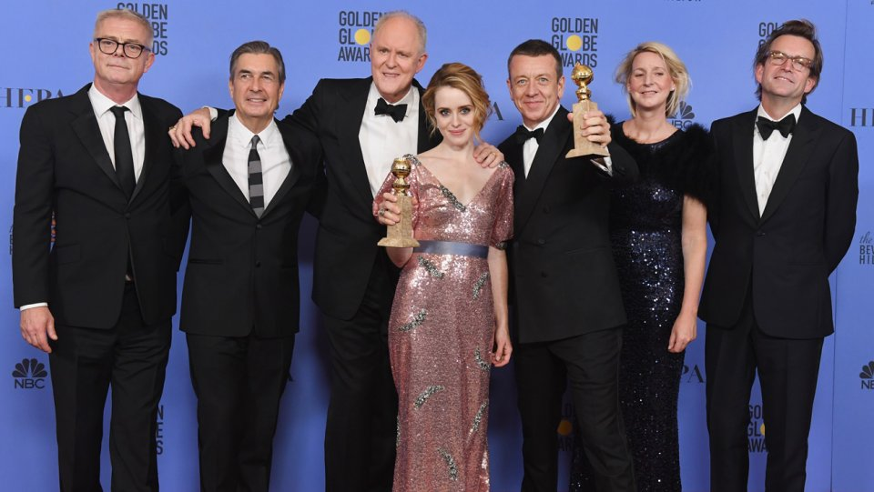peter_morgan_claire_foy_the_crown_74th_golden_globes_winners_getty_h_2017.jpg