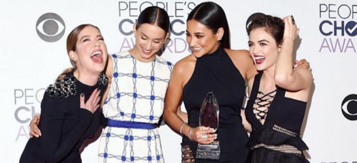 complete-list-2015-peoples-choice-award-winners-hero_1.png