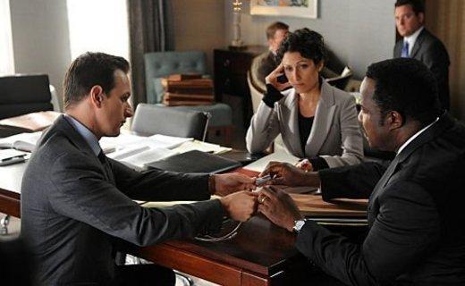 the_good_wife_season_3_episode_3_get_a_room_5-3931-800-600-80_595.jpg