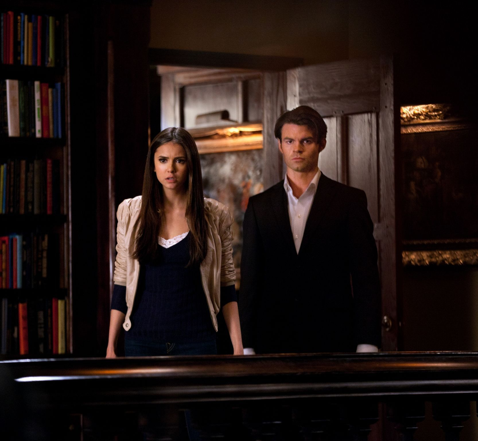 elena-elijah-2x19-the-vampire-diaries-tv-show-21076997-1666-1536.jpg