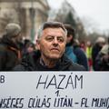 Hallgass a zsebedre, szavazz a telefosott Fideszre!