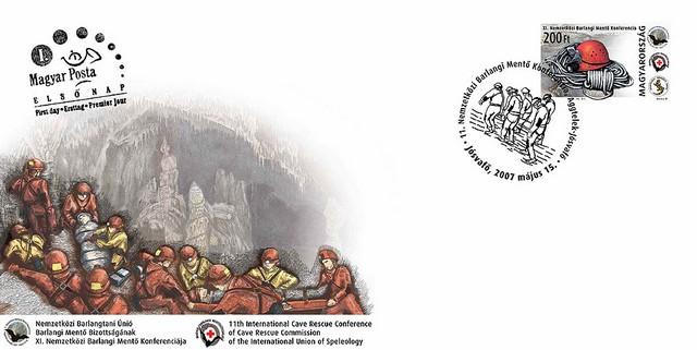 barlangi mentők.jpg