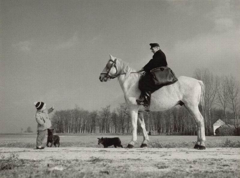 kulteruleti_lovas_kezbesites_kecskemeten_1973.jpg