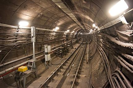budapest_metro_1.jpg