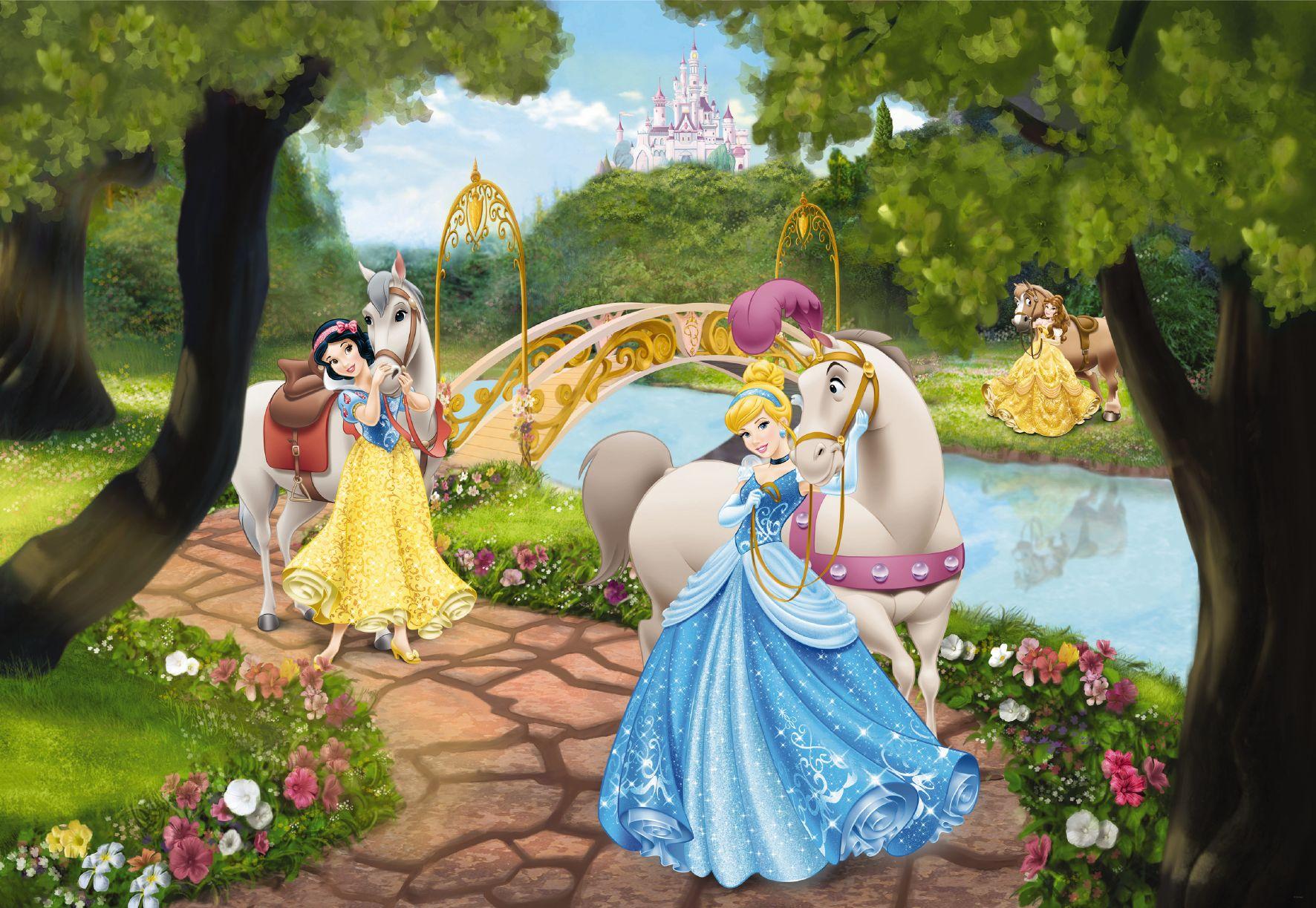 Hercegnők Disney poszter<br /><br />http://www.oriasposzter.hu/poszter-tapetak/78145-princess-royal-gala-hercegnok-disney-gyerekszoba-poszter-tapeta.html