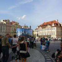 Óváros tér és a Goltz-Kinský-palota