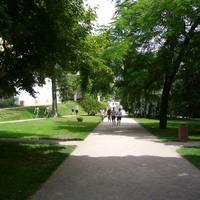 Park a vár oldalában