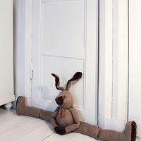 Készíts vagány ajtó-és ablakszigetelő párnát!