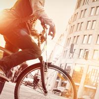 Beindult a bringás szezon – mire kell figyelni?