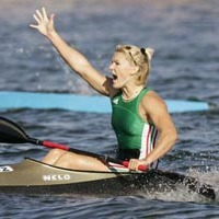 Boldogan jelentette be: kisbabát vár olimpikonunk