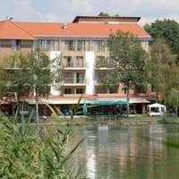 Hotel Corvus Aqua , Gyopárosfürdő