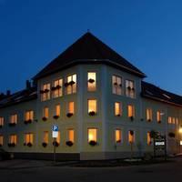 Hotel Korona , Eger