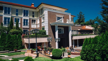 Az Erla Villa egy luxus felnőttbarát hotel, ahol a gasztronómia külön fejezetet igényel