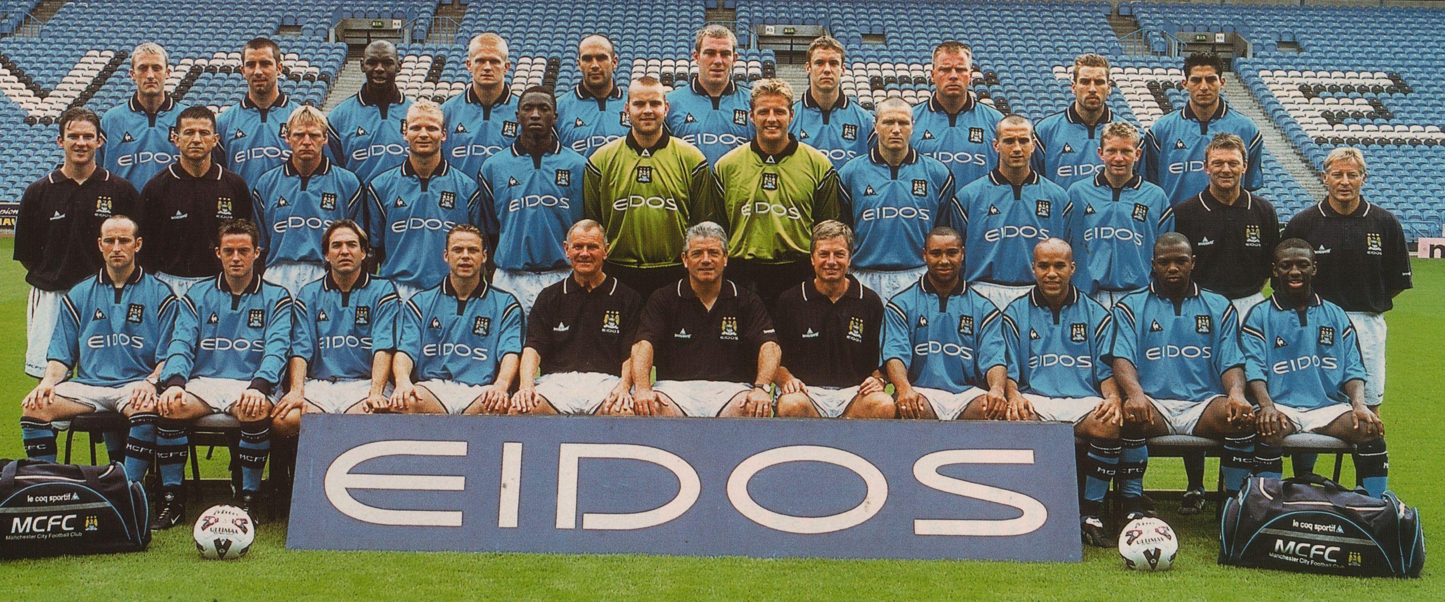 team-photo-2001-to-02.jpg