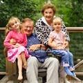Nagymamák, nagypapák és unokák