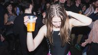Szabadtéri mozizás, köztéri rapbuli és az izzadós rave-vel berobbanó klubszezon