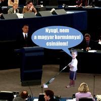 """""""Aktuális ügyek"""" - avagy: ne moss fel a Kormánnyal!"""
