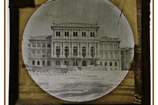 Az Akadémia palotája építés közben