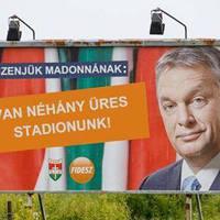 Orbánnal üzentek Madonnának