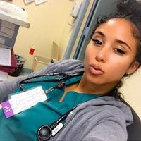 Íme a legdögösebb nővérke