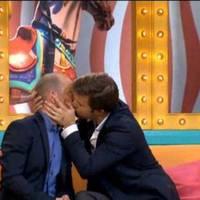 Egymással csókolózott Sebestyén Balázs és Vadon Jani - Videó