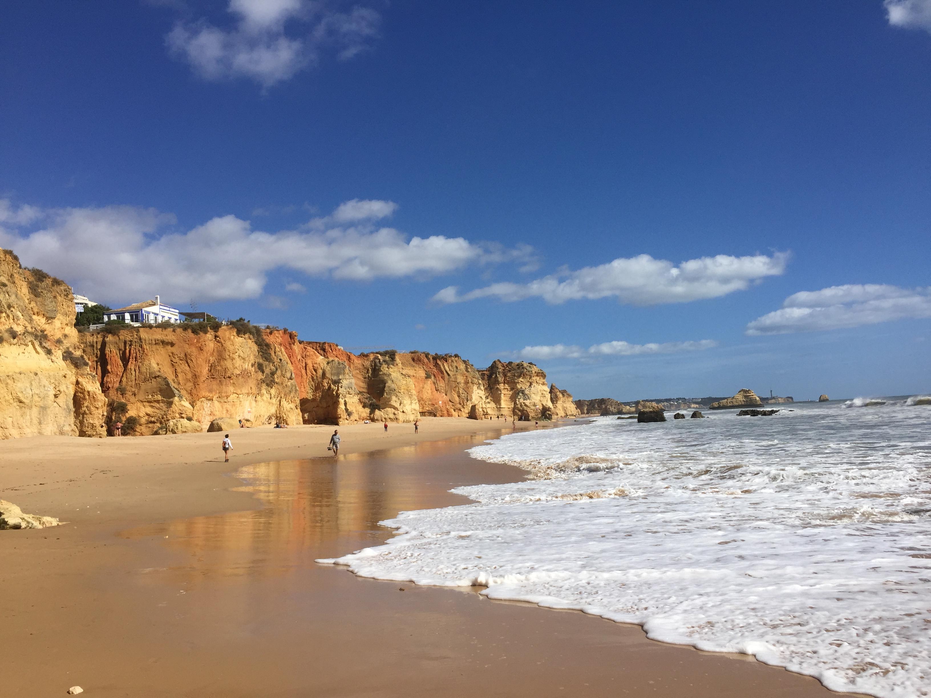 Algarve  - a sziklás partvidékek hazája