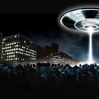 CÍMLAPON AZ UFO-INVÁZIÓ