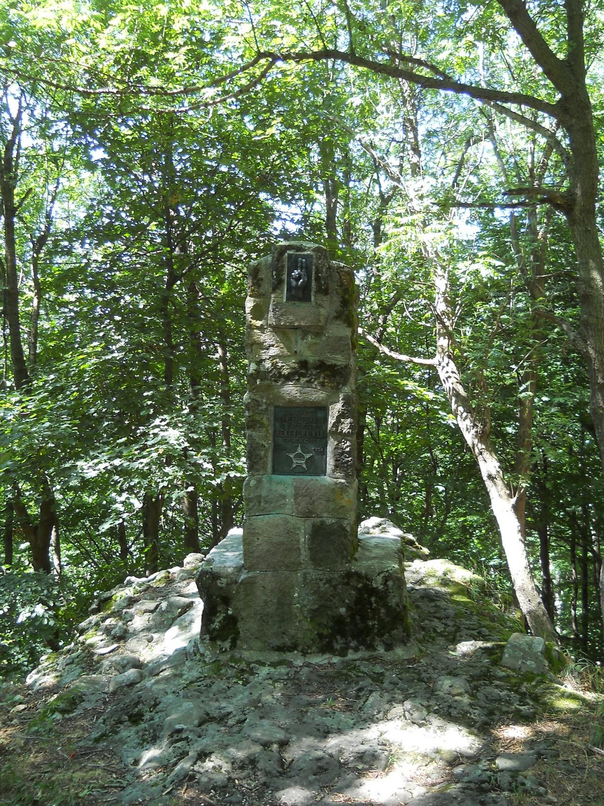 """""""Az újpesti természetbarátok tíz évfordulós béketúráinak emlékére, 1914–1964"""""""