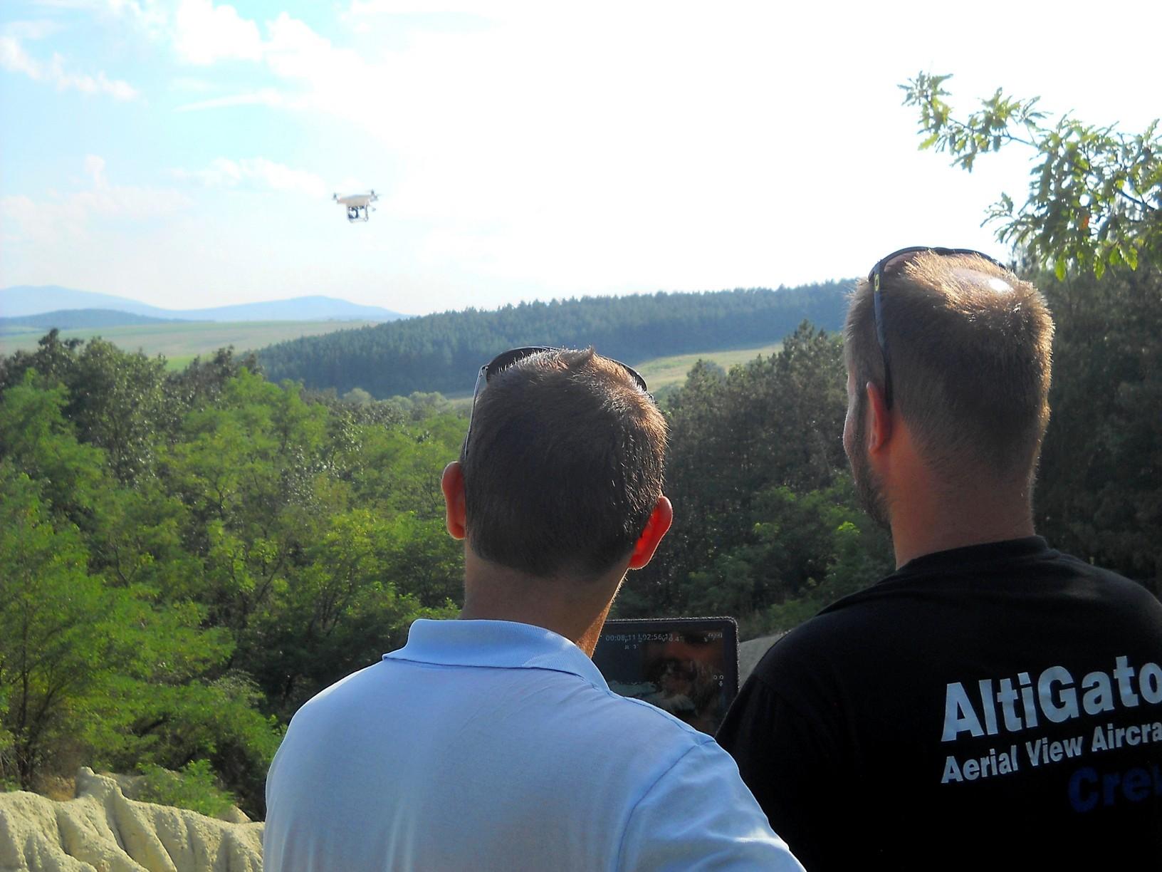 Salgótarjáni tévések készítettek drónnal vágóképeket egy természetfilmhez