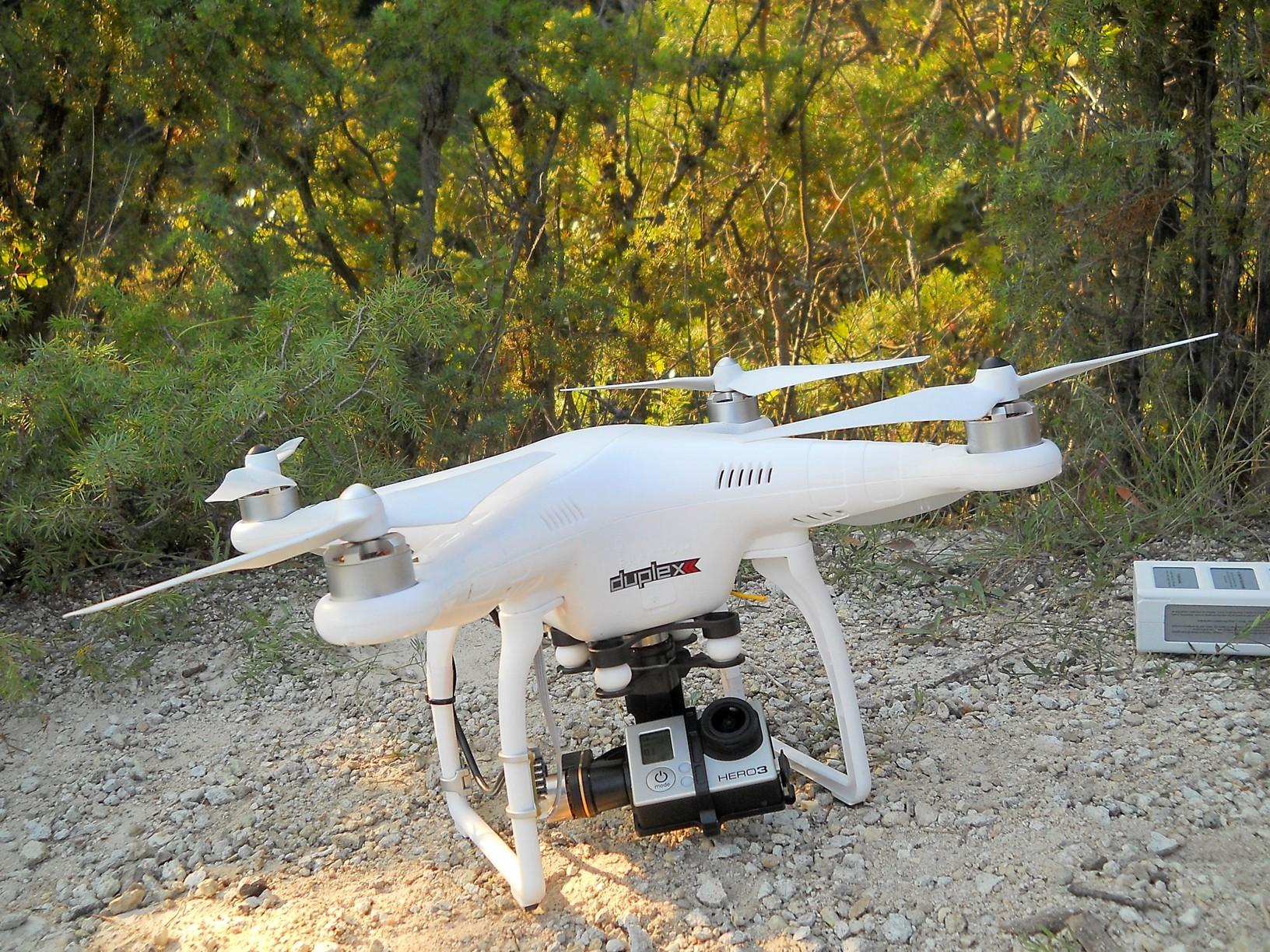 Ilyen egy drón közelről