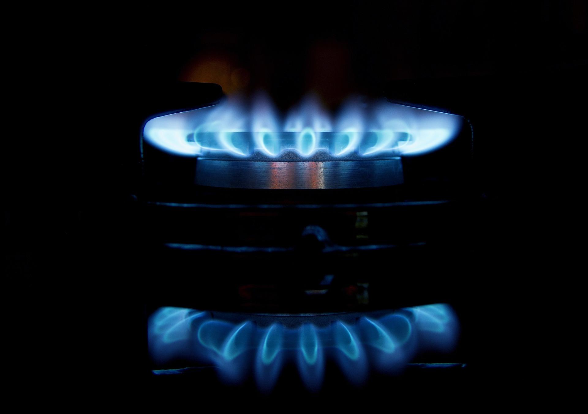 gas-1938298_1920.jpg