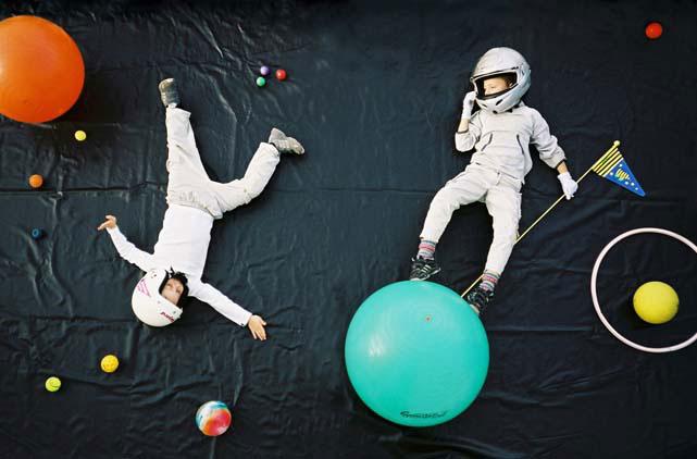 astronaut_children.jpg