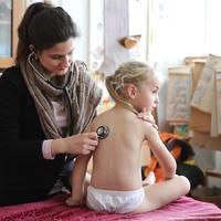A gyerekek testének tiszteletben tartása- egy iskolai orvosi vizsgálat margójára