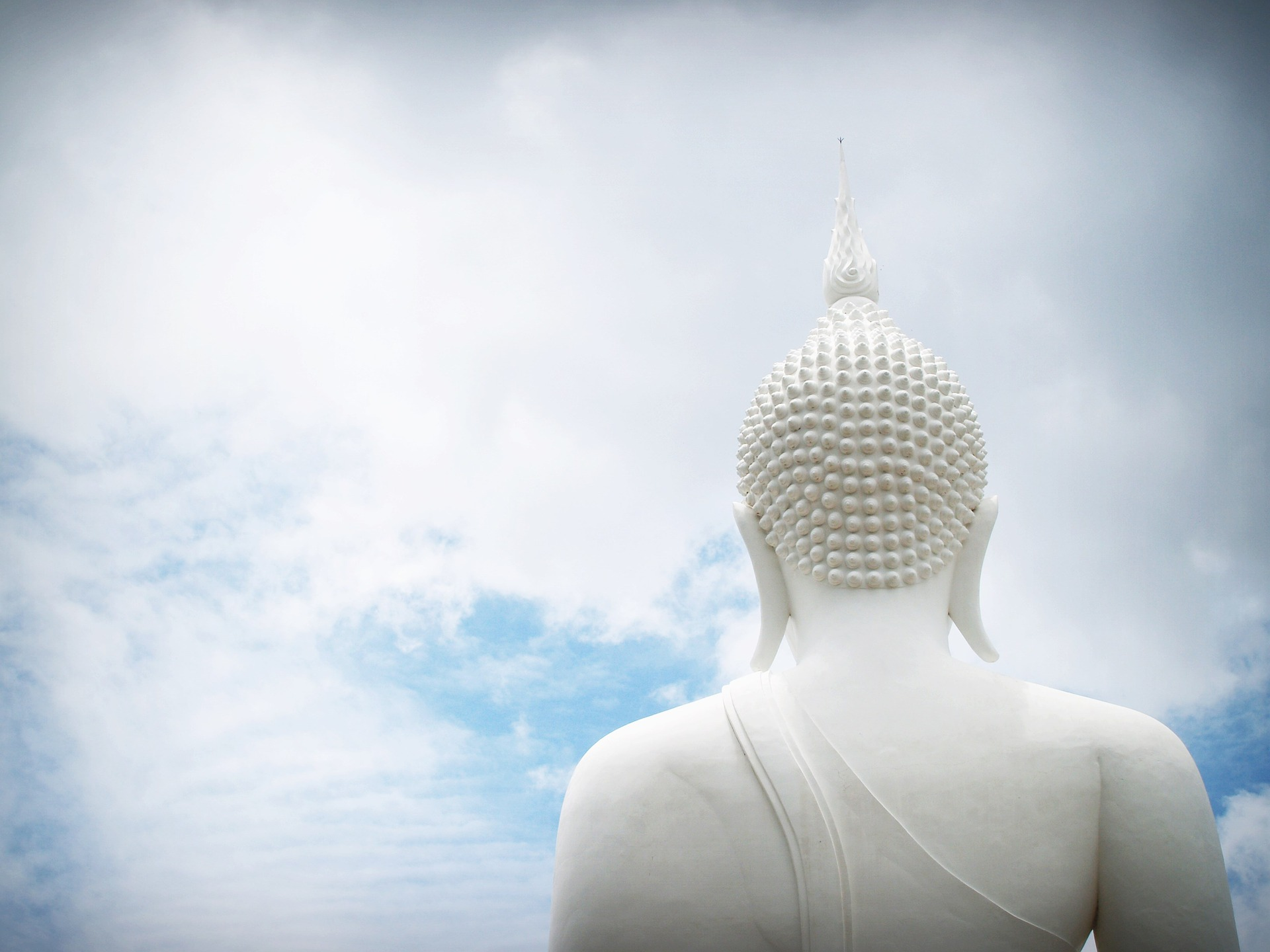 buddha-1550588_1920.jpg