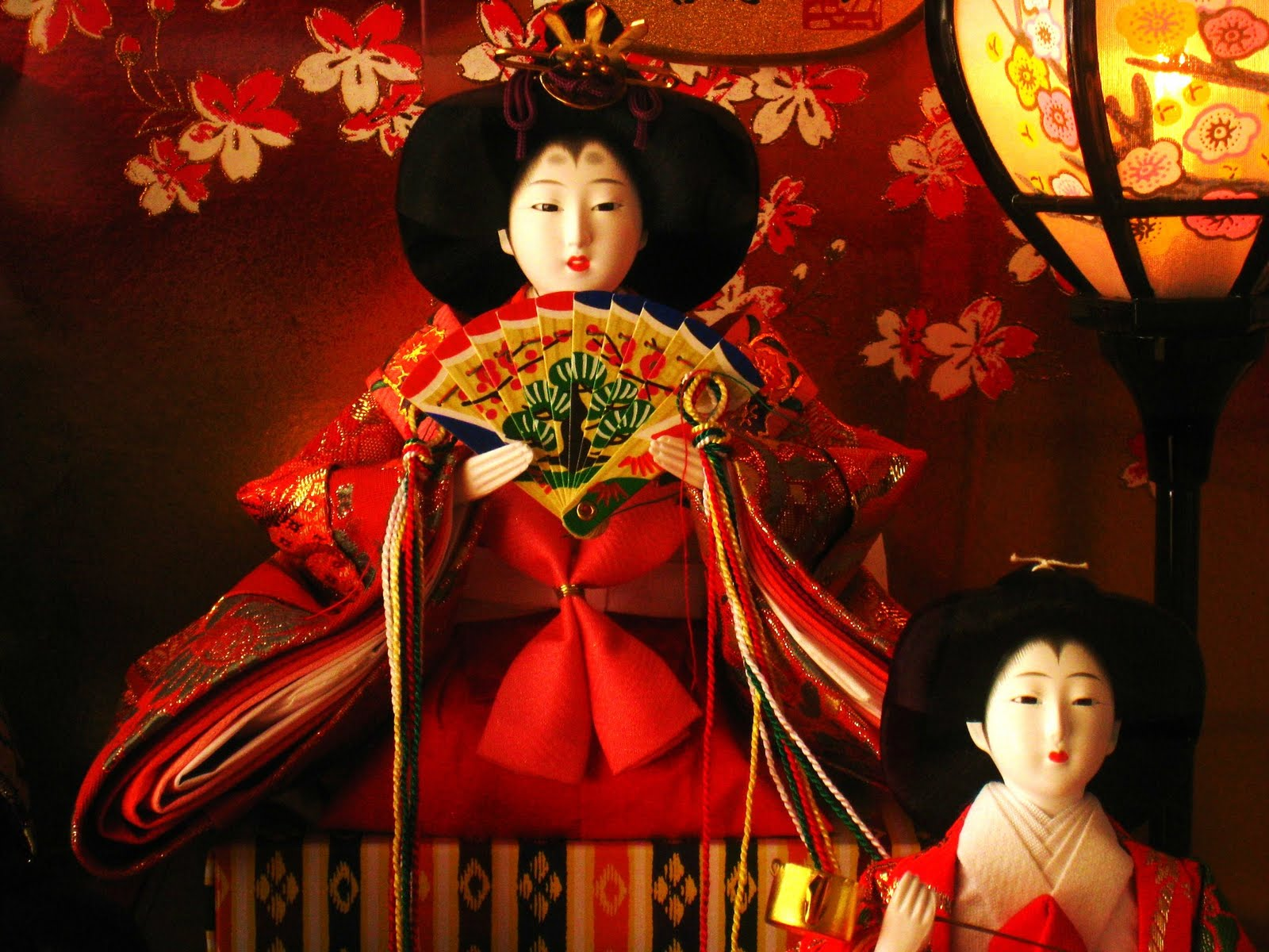 the-japanese-doll-festival-hinamatsuri-or-girls-day-japanese-hina.JPG