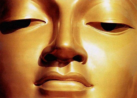 buddha_face_golden_big.jpg